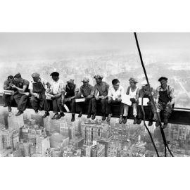 Eating above Manhattan 00672 Giant Arts 115 x 175cm